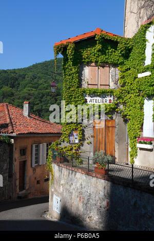 France, Occitanie, Haute Garonne department (31), Saint Bertrand de comminges - Stock Photo
