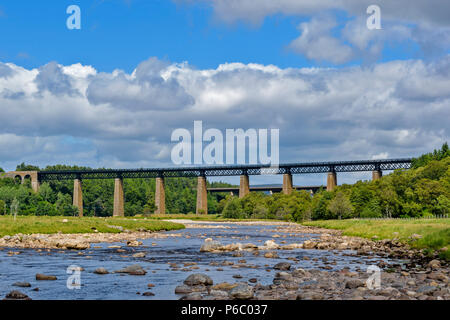 FINDHORN RAILWAY VIADUCT TOMATIN SCOTLAND OVER THE RIVER FINDHORN VIEW OF VIADUCT OVER THE RIVER - Stock Photo