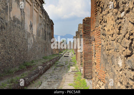 the recovered ruins of Pompeii after the eruption of vesuvius in AD 79 - Stock Photo