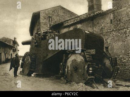 howitzer, eastern front, Italian soldiers, ww1, wwi, world war one - Stock Photo