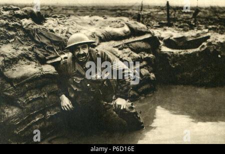 British soldiers, trench, ww1, wwi, world war one - Stock Photo