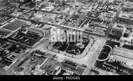 Español: Vista aérea de la Ciudad de Guatemala en 1922. 1922 50 Guatemalacity1922 - Stock Photo