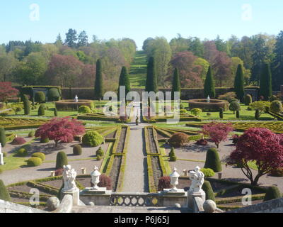 Scotland's Gardens, Drummond Castle - Stock Photo