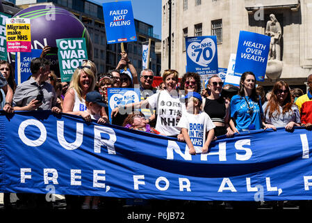 70th anniversary of the National Health Service, also being used to demonstrate against austerity, funding cuts and moves to sell departments to the private sector. Actress Julie Hesmondhalgh. Jonathan Ashworth MP - Stock Photo