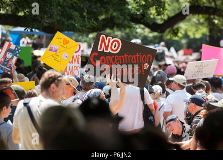 Washington DC, USA. 30th Jun, 2018. Families Belong Together Rally at Lafayette Park in Washington, D.C., June 30, 2018. Credit: Robert Meyers/Alamy Live News - Stock Photo