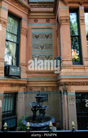 NEW YORK, NY - JUNE 22: Details of The National Arts Club and a small water feature, Gramercy Park Historic District, Manhattan on JUNE 22nd, 2017 in  - Stock Photo