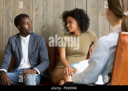 Reconciled black spouses make peace after successful relationshi - Stock Photo