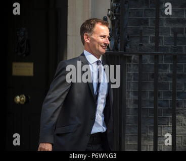 Downing Street, London, UK. 3 July 2018. Jeremy Hunt, Secretary of State for Health and Social Care leaves Downing Street after weekly cabinet meeting. Credit: Malcolm Park/Alamy Live News. - Stock Photo