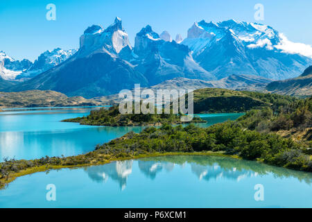 South America, Patagonia, Chile, Region de Magallanes y de la Antartica, Torres del Paine, National Park, Lago Pehoe and Los Cuernos - Stock Photo