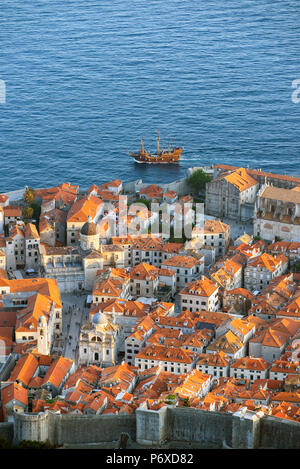 Croatia, Dalmatia, Dubrovnik, Old town. View over the old town - Stock Photo