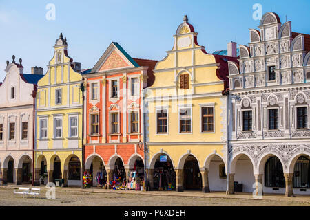 Czech Republic, Vysocina Region, Telc. Facades of Renaissance and Baroque houses on Namesti Zachariase z Hradce. - Stock Photo