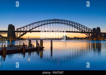 Sydney Harbour Bridge at dawn, Sydney, New South Wales, Australia - Stock Photo