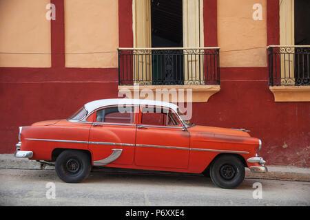 Cuba, Santiago de Cuba Province, Santiago de Cuba, Historical Center, Classic American car now a taxi - Stock Photo