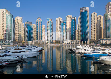 United Arab Emirates, Dubai, Dubai marina - Stock Photo