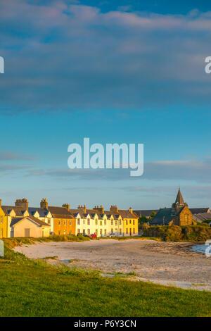 UK, Scotland, Argyll and Bute, Islay, Port Ellen, Loch Leodamais, Frederick Crescent - Stock Photo