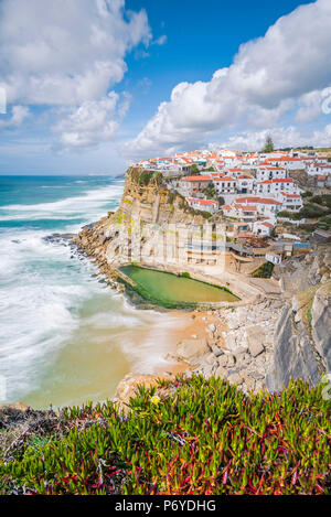 Azenhas do Mar, Colares, Sintra, Lisbon district, Portugal. Iconic view over the village on the cliff. - Stock Photo