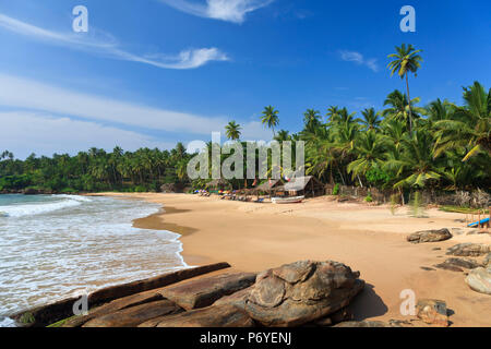 Sri Lanka, South Coast, Tangalla, Goyambokka Beach - Stock Photo