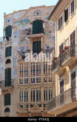 Spain, Balearic Islands, Mallorca, Palma de Mallorca, Placa Mayor - Stock Photo