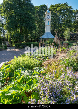 Community edible bed by the Oakwood Clock in Oakwood near Roundhay Park in Leeds West Yorkshire England - Stock Photo