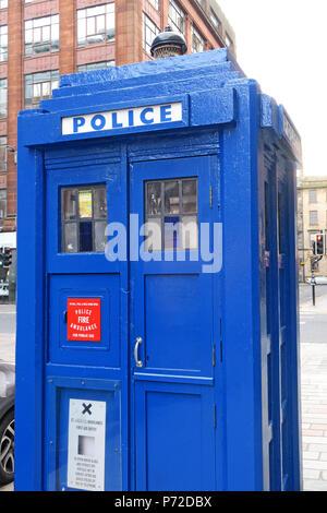 Blue police box, Dr Who TARDIS, Merchant City, Glasgow, City Centre, Scotland,UK - Stock Photo