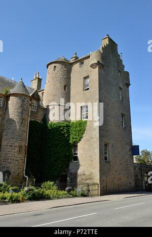 Dornoch Castle hotel in Sutherland, Scotland, UK - Stock Photo