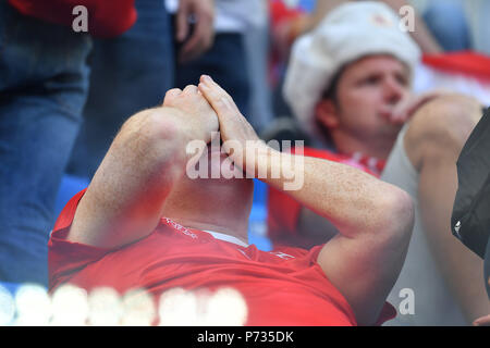 St. Petersburg, Russland. 03rd July, 2018. swiss fans, football fans, disappointment, frustrated, disappointed, frustratedriert, dejected . Sweden (SWE) - Switzerland (SUI) 1-0, Round of 16, Round of 16, Game 55, on 07/03/2018 in Saint Petersburg, Arena Saint Petersburg. Football World Cup 2018 in Russia from 14.06. - 15.07.2018. | usage worldwide Credit: dpa/Alamy Live News - Stock Photo