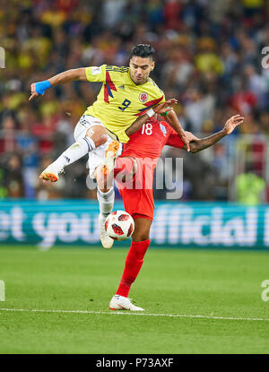 England- Columbia, Soccer, Moscow, July 03, 2018 Ashley YOUNG, England 18  compete for the ball, tackling, duel, header against Radamel FALCAO, Columbia Nr.9  ENGLAND - COLUMBIA 1-1, 4-3 after penalty shoot-out FIFA WORLD CUP 2018 RUSSIA, Season 2018/2019,  July 03, 2018 S p a r t a k Stadium in Moscow, Russia. © Peter Schatz / Alamy Live News - Stock Photo
