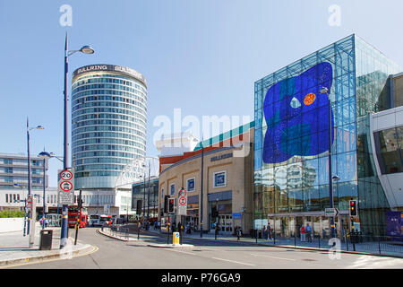 Birmingham, UK: June 29, 2018: The Bullring Shopping Centre - Birmingham. People crossing the road to Grand Central Station on Smallbrook Queensway. - Stock Photo