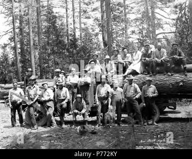 . English: Crew posing with logging truck, George Scott Lumber Company, Susanville, ca. 1922 . English: Note from inventory: See also: Fruit Growers Supply Company Caption on image: No 3 Geo. Scott Log Co Susanville PH Coll 516.1381 The George Scott Lumber Company was located in Susanville in Lassen County in Northern California. Note from inventory also suggests company may have had camp in Culp Creek, Oregon. Subjects (LCSH): xyz  . circa 1922 3 Crew posing with logging truck, George Scott Lumber Company, Susanville, ca 1922 (KINSEY 2327) - Stock Photo