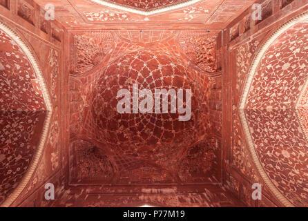 Ceiling inside the Mihman Khana, Taj Mahal, Agra, India - Stock Photo