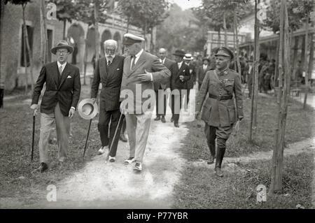 28 El general Miguel Primo de Rivera en San Sebastián (2 de 15) - Fondo Car-Kutxa Fototeka - Stock Photo