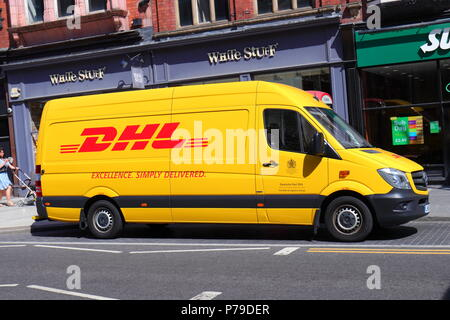 dhl parcel delivery van in park lane london stock photo 25200231 alamy. Black Bedroom Furniture Sets. Home Design Ideas