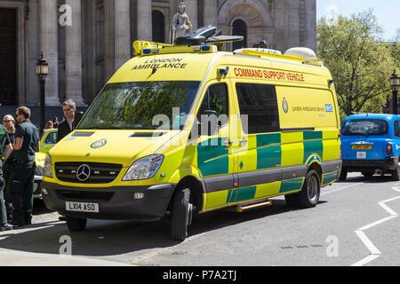 London ambulance service - Stock Photo