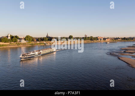 Krefeld, Uerdingen, Blick von der Krefelder Rheinbrücke - Stock Photo