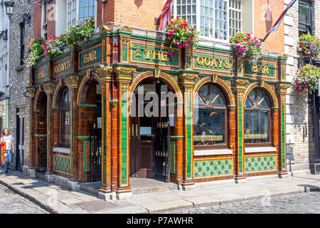 The Quays Bar, Temple Bar, Dublin, Leinster Province, Republic of Ireland - Stock Photo