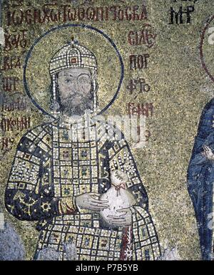 Mosaic of Emperor John II Commenus ruled Byzantine Empire 1118-43. Haghia Sofia, Istanbul. Artwork also known as: SANCTUARY. Museum: Haghia Sofia. - Stock Photo