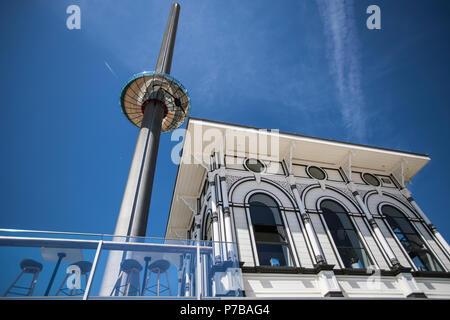 Brighton i360 lift - Stock Photo