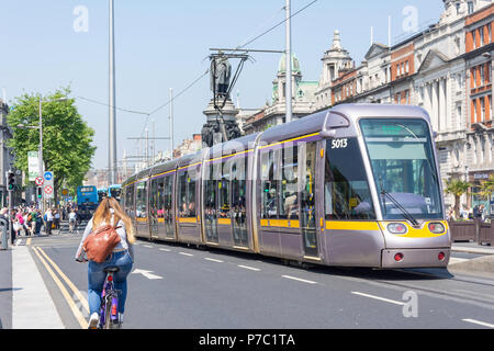 Luas tram/light rail transport system, O'Connell Bridge, Dublin, Leinster Province, Republic of Ireland - Stock Photo