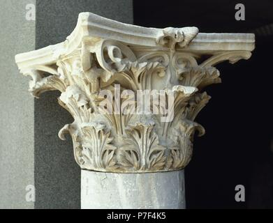 Corinthian capital with acanthus leaves and volute. Pergamon. Turkey. - Stock Photo