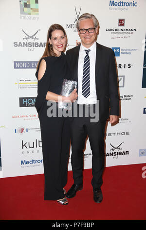 alexander otto dorit otto at the charity gala das herz. Black Bedroom Furniture Sets. Home Design Ideas