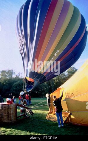 100-006-208 A fan is used to blow cold air into the balloon - Stock Photo