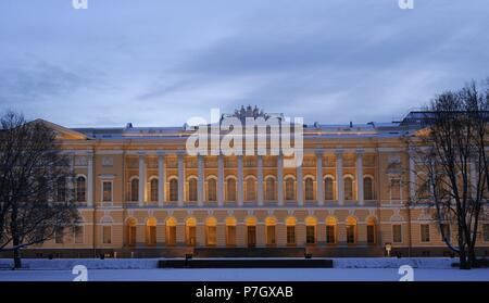 Russia. Saint Petersburg. State Russian Museum (Russian Museum of his Imperial Majesty Alexander III) in Mikhailovsky Palace. Neoclassical style, erected in 1819-25 and design by Carlo Rossi (1775-1849). Winter landscape. - Stock Photo