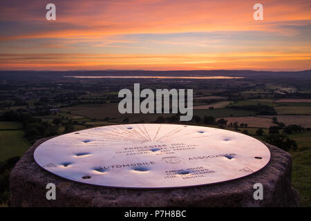 The topograph at Frocester Hill, Gloucestershire at sunset. - Stock Photo