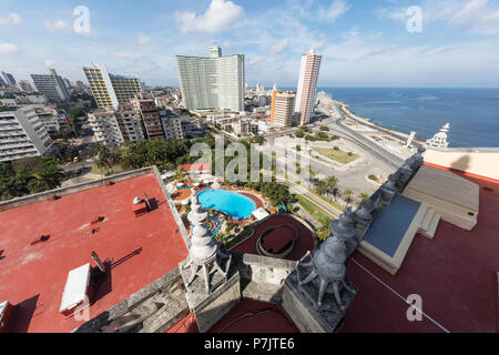 Cityscape view looking west of the town of Vedado, taken from the roof of the Hotel Nacional, Cuba. - Stock Photo