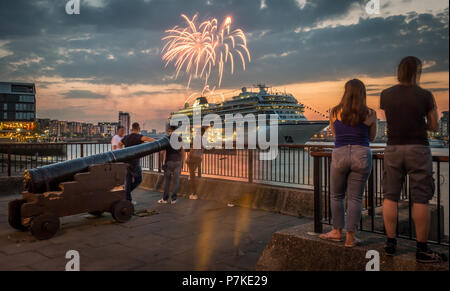 London, UK. 6th July, 2018. Sail Royal Greenwich firework display over the Thames with Viking Sky cruise ship in view as seen from Greenwich pier. Credit: Guy Corbishley/Alamy Live News - Stock Photo