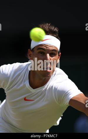London, UK. 7th July 2018.The Wimbledon Tennis Championships, Day 6; Rafael Nadal (ESP) during his third round match against Alex De Minaur (AUS) Credit: Action Plus Sports Images/Alamy Live News Credit: Action Plus Sports Images/Alamy Live News Credit: Action Plus Sports Images/Alamy Live News - Stock Photo