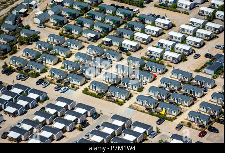 Campsite, holiday cottages, holiday chalet, Palavas-les-Flots, Hérault department, Occitanie region, France - Stock Photo