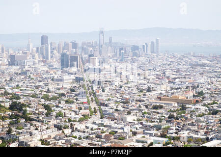 View of the Financial District in San Francisco, seen from Twin Peaks, California, USA. - Stock Photo