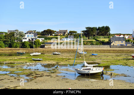 France, Finistere, Iroise see, Armorique Regional natural park, Le Conquet, the harbour - Stock Photo