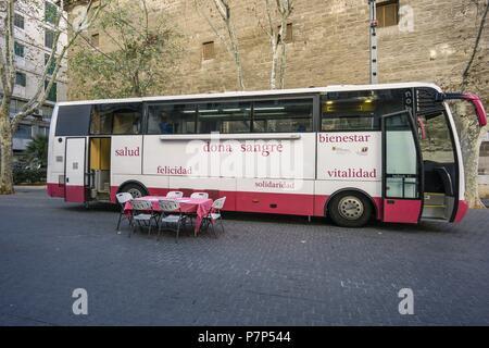 autobus para campaña de donacion de sangre,Palma de Mallorca , Mallorca, Balearic islands, spain. - Stock Photo